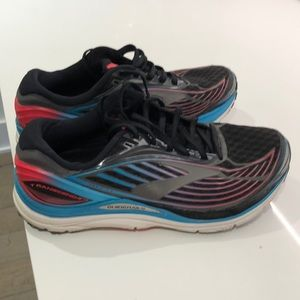 Brooks Shoes - Brooks transcend running sneakers